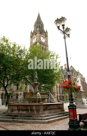Manchester Town Hall fountain in Albert Square - Stock Photo