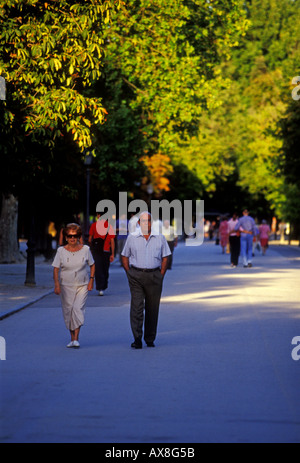Spaniards, Spanish, man, woman, couple, husband and wife, Retiro Park, Parque del Buen Retiro, Madrid, Madrid Province, - Stock Photo