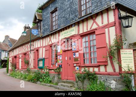 LeVieux Logis Restaurant, Gerberoy Village, France - Stock Photo