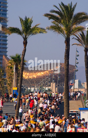 ESP Spanien Barcelona beach Platja de la Barceloneta Hotels Arts Sculpture of Frank Gehry Passeig Maritim Promenade - Stock Photo