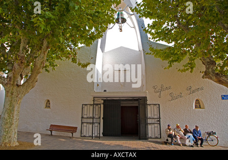 Church Eglise Saint Pierre, Le Grau du Roi Fishing Port, The Carmargue, France - Stock Photo