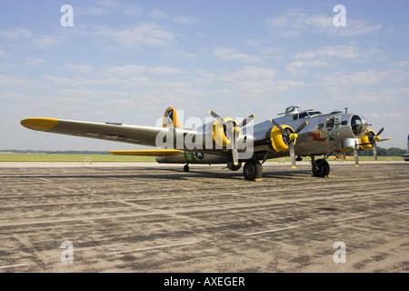 Fuddy Duddy B17 on display at Willow Run airport Thunder over Michigan airshow - Stock Photo