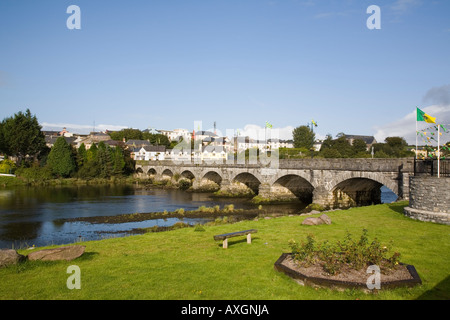 Killorglin town and arched stone road bridge from public gardens across River Laune Co Kerry Eire Ireland Europe - Stock Photo