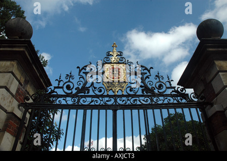 Jesus College in Cambridge, UK, gate with The College arms - Stock Photo