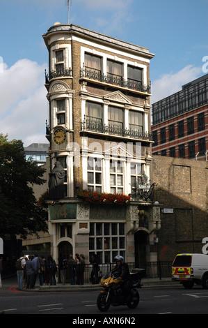 The Black Friar pub on Queen Victoria Street, Blackfriars in London, UK - Stock Photo