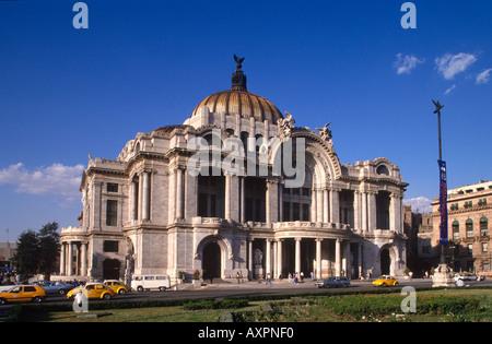 Palacio de las bellas artes and museo nacional de for Palacio de los azulejos mexico