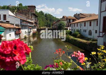 Saint Jean Pied de Port (St.-Jean-Pied-de-Port), Basque country, Pyrenees-Atlantiques, Aquitaine, France, Europe - Stock Photo