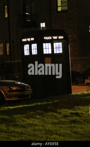 Doctor Who BBC television series being filmed in Newport South Wales GB UK 2005 - Stock Photo