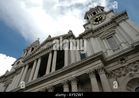 St. Paul's Anglican cathedral on on Ludgate Hill in London - Stock Photo
