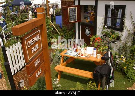 UK Cheshire Knutsford Tatton Hall RHS Flower Show Cheshire Cycleways Garden - Stock Photo