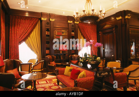 Library Room at the Lanesborough hotel Hyde Park Corner London - Stock Photo