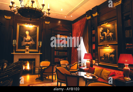 The Library room at the Lanesborough hotel Hyde Park Corner London - Stock Photo
