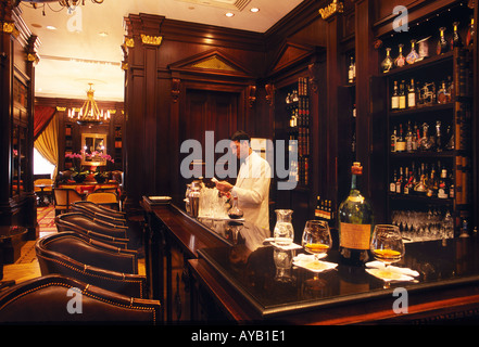 The Library Room Bar at the Lanesborough hotel Hyde Park Corner London Famous for its range of Cognacs - Stock Photo
