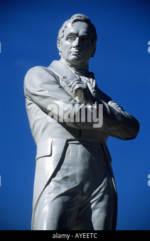 Statue of Sir Thomas Stamford Raffles 1781 1826 founder of Singapore - Stock Photo