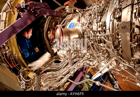 Rolls Royce aero engine assembly plant. see all Bamber Rolls Royce for full set - Stock Photo