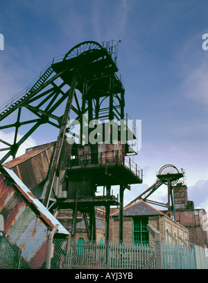 Disused colliery pit-head winding gear, Woodhorn Colliery, Ashington, Northumberland, England, UK, in the 1990s. - Stock Photo