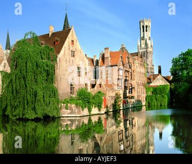 BE - WEST VLAANDEREN: Rozenhoedkaai in Brugge - Stock Photo