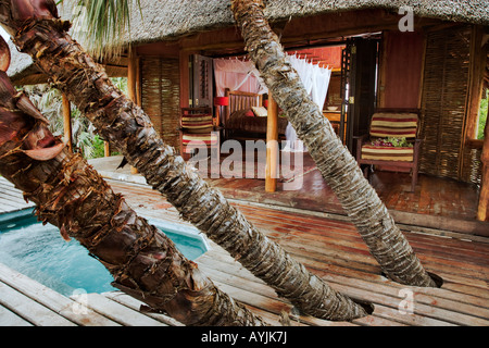 Romantic honeymoon villa with private spa swimming pool at the luxurious Benguerra Lodge Mozambique Property released - Stock Photo