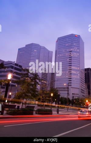Montreal canada victoria square centre de commerce mondial for Commerce montreal