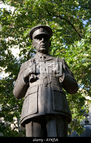 Air Chief Marshal Lord Dowding outside St Clement Danes London England - Stock Photo