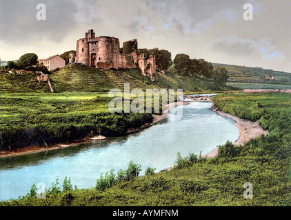 Kidwelly castle with Gwendraeth River, Wales Carmarthenshire, UK - Stock Photo