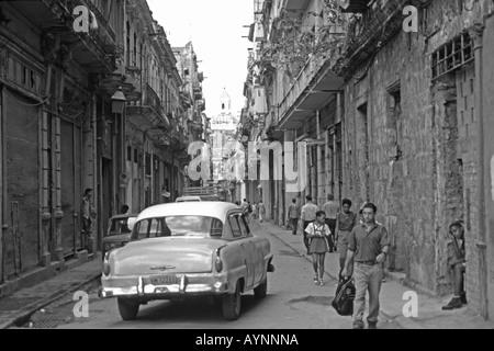 CUBA. A street scene in old Havana. - Stock Photo