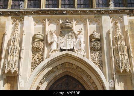 Stone Carvings Above Door King\\u0027s College Chapel King\\u0027s College Cambridge Cambridgeshire & Door Kings \u0026 Old King\\u0027s School Shop With Crooked Blue Door Pezcame.Com