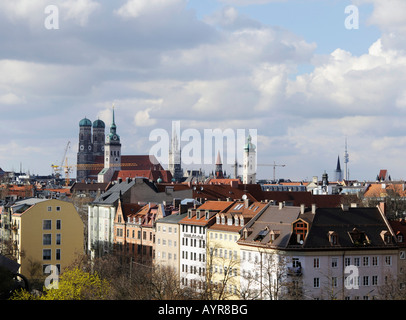 View of the towers of Munich: Frauenkirche (Cathedral of Our Blessed Lady), Alter Peter (St. Peter's Church), Neues Rathaus (Ne Stock Photo