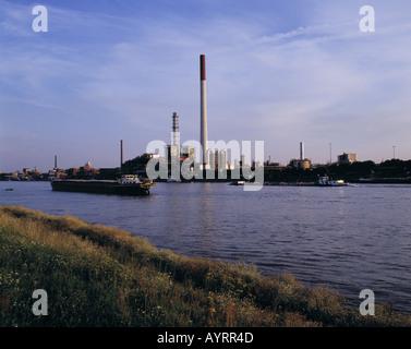 D-Ludwigshafen am Rhein, Rhine, Rhineland-Palatinate, Rhine promenade, BASF plant, industrial plant, chemicals industry, - Stock Photo