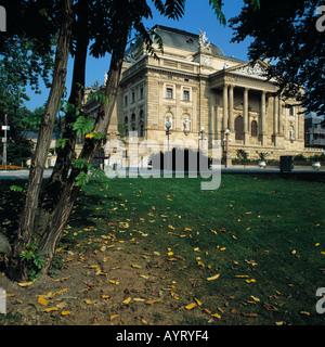 Hessisches Staatstheater, Herbststimmung, Wiesbaden, Rhein, Hessen - Stock Photo