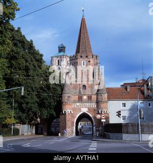 Kreuztor und Turm des Liebfrauenmuensters in Ingolstadt, Oberbayern - Stock Photo