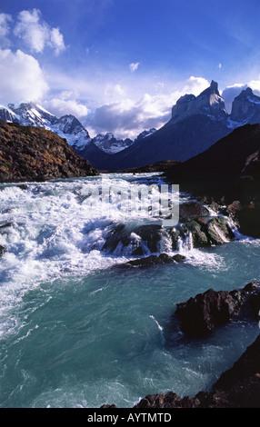 Rio Paine beneath the Cuernos del Paine, Torres del Paine National Park, Patagonia, Chile - Stock Photo