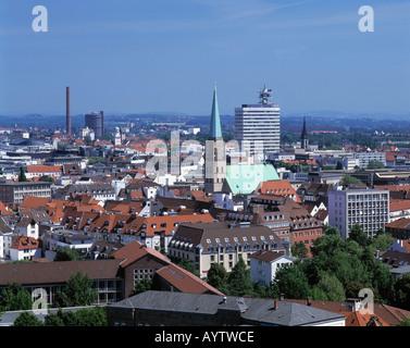 Stadtpanorama mit Nikolaikirche und Telekom-Hochhaus, Bielefeld, Teutoburger Wald, Nordrhein-Westfalen - Stock Photo