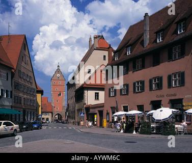Ledermarkt mit Woernitztor, Buergerhaeuser, Altes Rathaus, Dinkelsbuehl, Woernitz, Mittelfranken, Bayern - Stock Photo