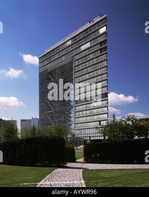 Hochhaus Stadttor, Sitz der Staatskanzlei von NRW, Duesseldorf, Rhein, Nordrhein-Westfalen - Stock Photo