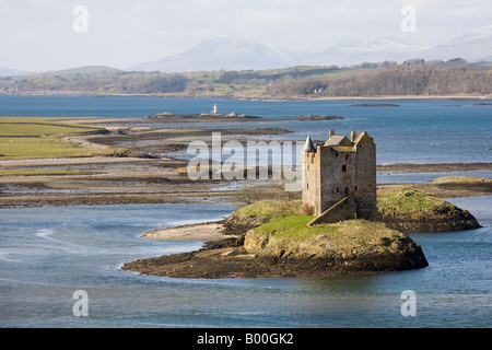 Castle Stalker is a four-storey tower house, tidal islet on Loch Laich, an inlet off Loch Linnhe. north east of - Stock Photo