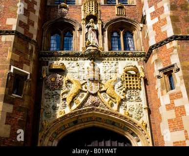 The Front Gate, St.John's College, Cambridge. The carving is of the coat of arms of the Foundress, Lady Margaret - Stock Photo