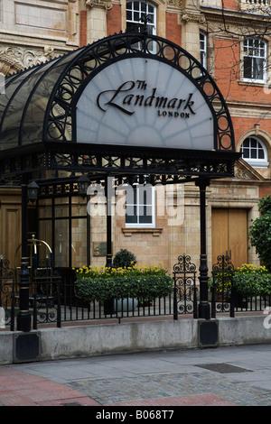 The entrance to The Landmark Hotel, London, UK - Stock Photo