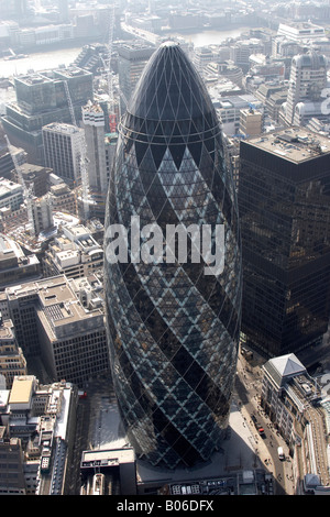 Aerial viewsouth west of 30 St Mary Axe The Gherkin Lloyds building City of London EC2 EC3 England UK High level - Stock Photo
