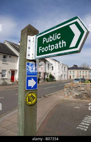 Public footpath sign in Totnes, Devon, England - Stock Photo