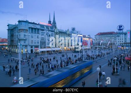 Croatia, Zagreb, Trg Josip Jelacica Square, Trams - Stock Photo