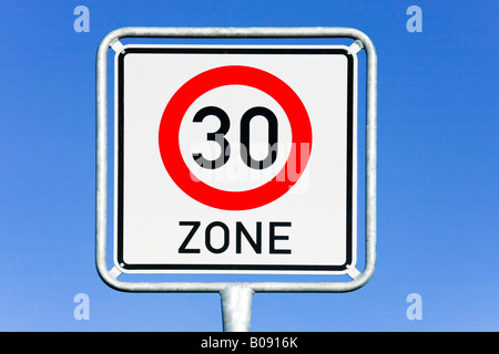 Traffic sign, 30 km/h speed limit - Stock Photo