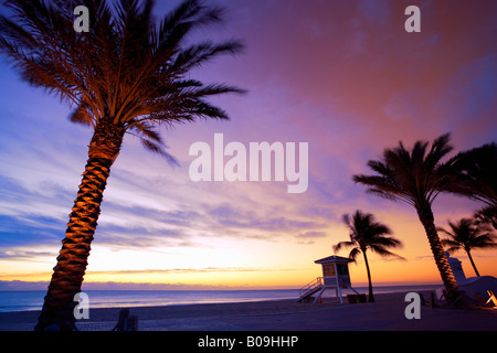 Lifeguard tower on beach in Ft Lauderdale, Florida, USA - Stock Photo