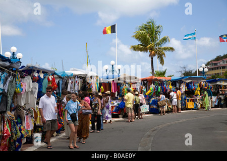 Tourist Flee market in the Caribbeans - Stock Photo