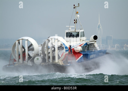 Passenger Hovercraft Freedom 90 GH 2114 of the Hovertravel Fleet Crossing The Solent enroute to Portsmouth Southern - Stock Photo