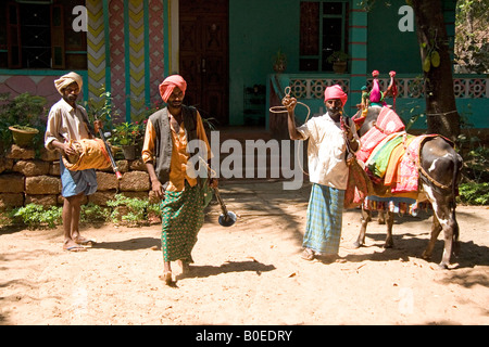 cow dance Stock Photo: 225546207 - Alamy