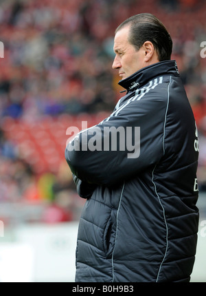 Coach Huub Stevens, Hamburger SV football club - Stock Photo