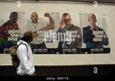 Posters for the high anticipated Grand Theft Auto IV videogame in the New York neighborhood of Chelsea - Stock Photo