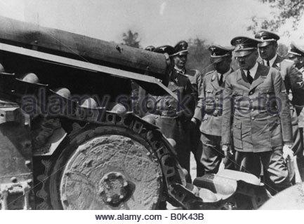 adolf hitler and world war 2 essay