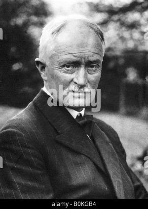 John Masefield (1878-1967), English poet and writer, early 20th century. - Stock Photo
